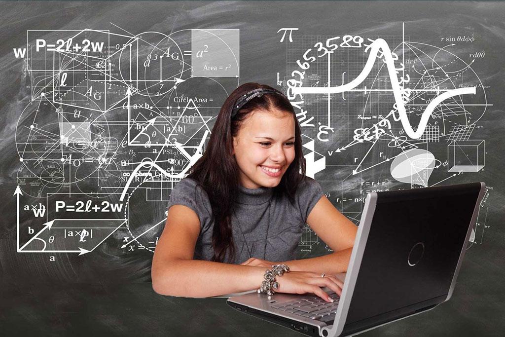 girl on computer